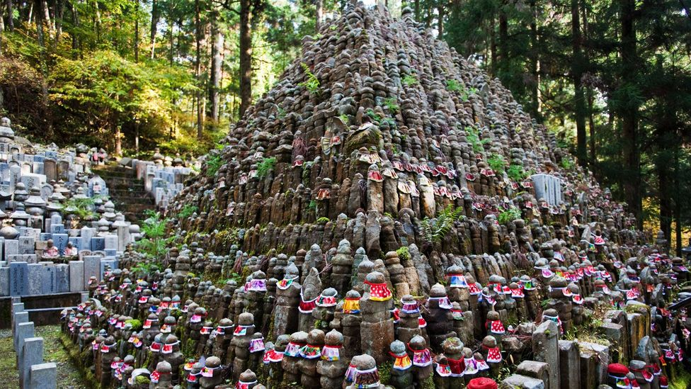 200,000 monks are buried at Okunoin Cemetery (Credit: John Lander/Alamy)