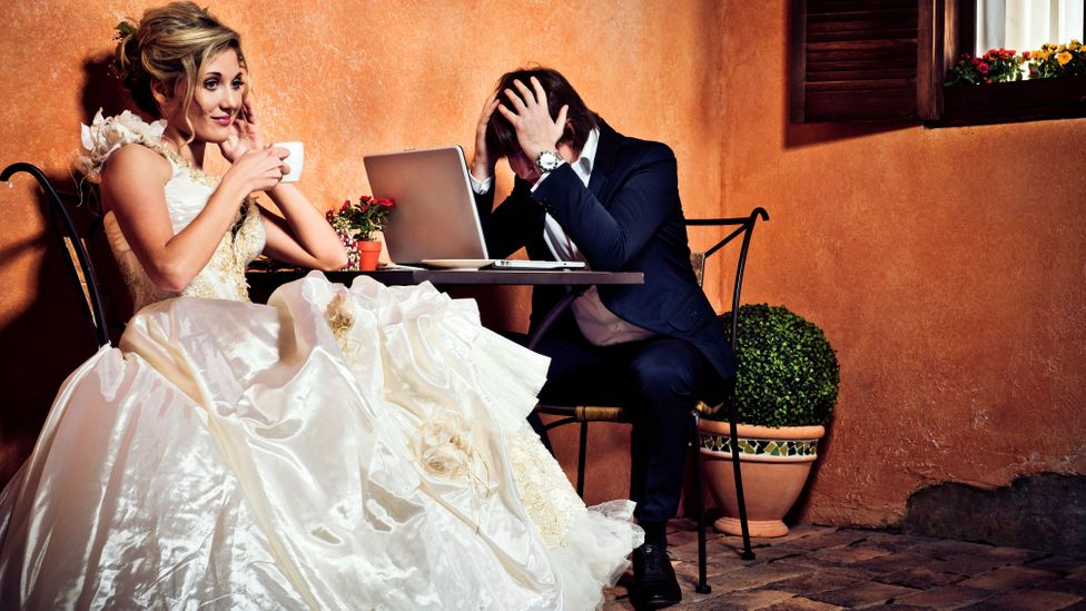 Honeymoon hangover? Financial problems can crop up from day one. (Credit: iStock)