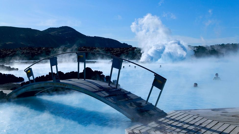 """The Blue Lagoon has become """"synonymous with Icelandic bliss."""" (Credit: Niels Poulsen DK/Alamy)"""