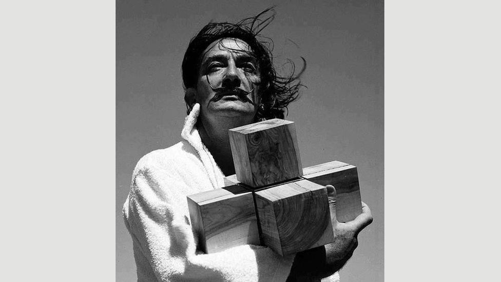 Salvador Dalí worked on his painting Crucifixion (Corpus Hypercubus) for four years – this photo was taken in 1951 (Credit: Francesc Catala-Roca)