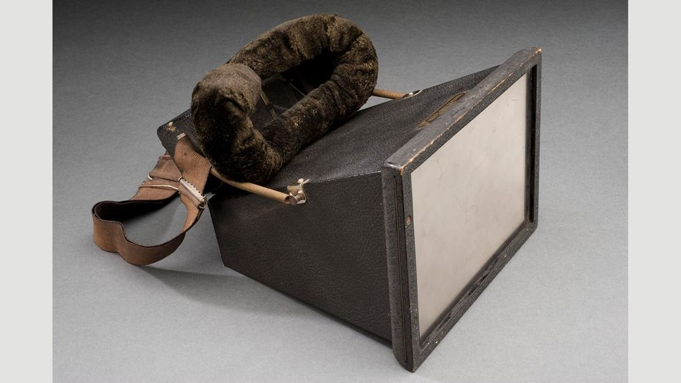 Portable fluoroscope, by Pattersons X-ray screens, 1917 (Credit: Science Museum/SSPL)