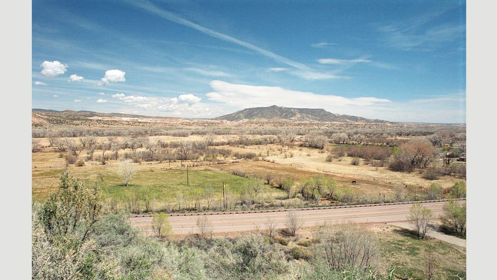 The area around Sante Fe in New Mexico where the artist settled is known as 'O'Keeffe country' (Credit: Georgia O'Keeffe House, Abiquiu 5, View from House)