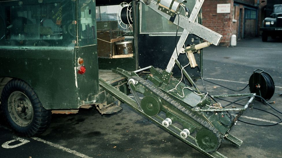 Early bomb disposal robots were controlled via cumbersome control cables (Credit: Getty Images)
