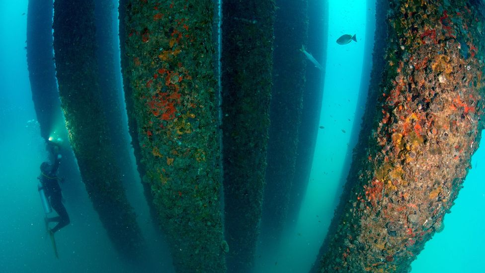 The rigs' bulk descends far below the surface, making break-up difficult (Credit: Getty Images)
