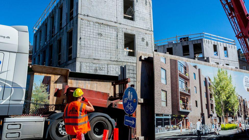Construction of new flats is full-on in the Carlsberg Byen area of Copenhagen. (Credit: Alamy)