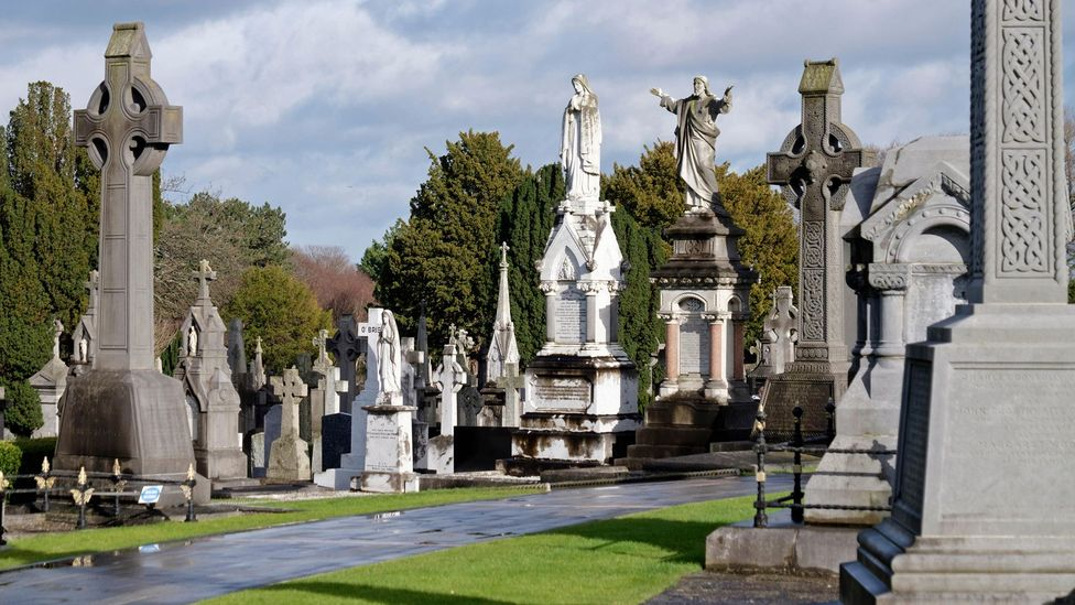 Glasnevin Cemetery was Ireland's first cemetery where people of all faiths could be buried (Credit: Sergio Azenha / Alamy Stock Photo)