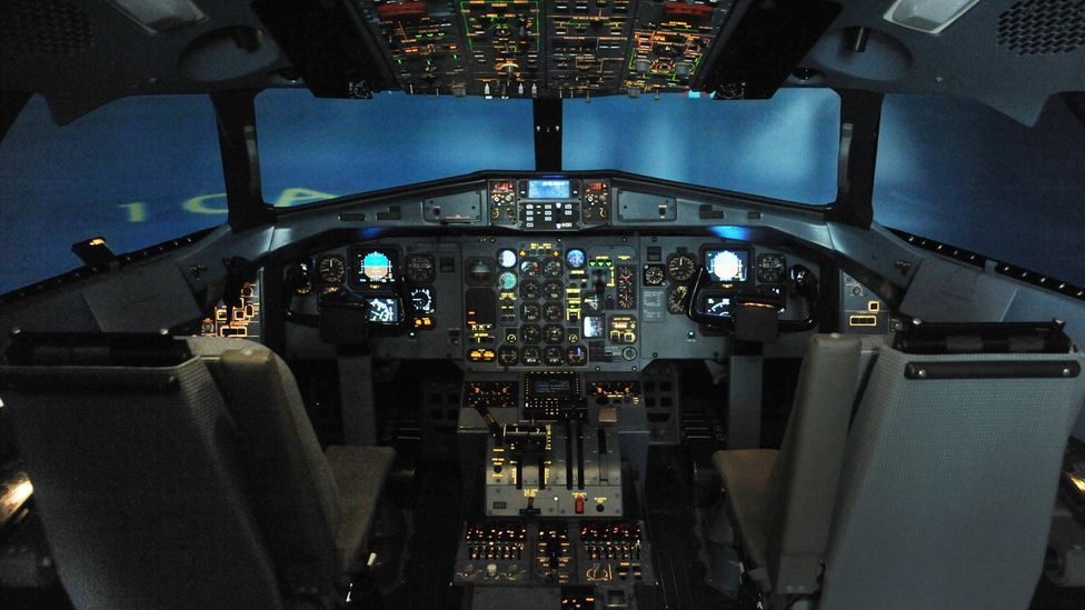 Some fearful flyers use flight simulators to understand how a plane works (Credit: iStock)
