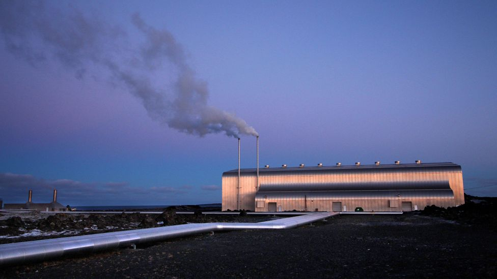 The plant on the Reykjanes peninsula is piping hot water directly to local businesses (Credit: Chris Baraniuk)