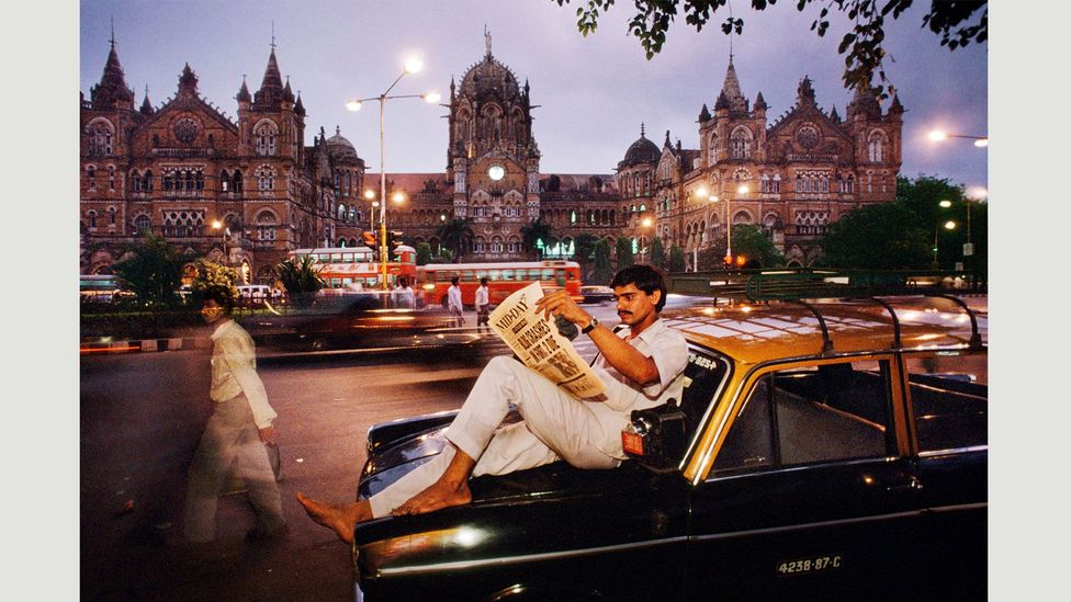 Mumbai, India, 1996 (Credit: Steve McCurry/Magnum Photos)