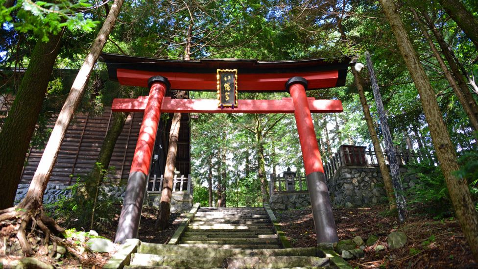 One might pass ancient shrines while hiking the Nakasendo Trail (Credit: Bill Fink)