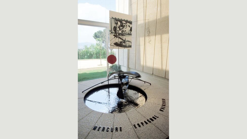 The Mercury Fountain by Alexander Calder referenced a Republican stronghold famous for its mercury mines (Credit: Alamy)