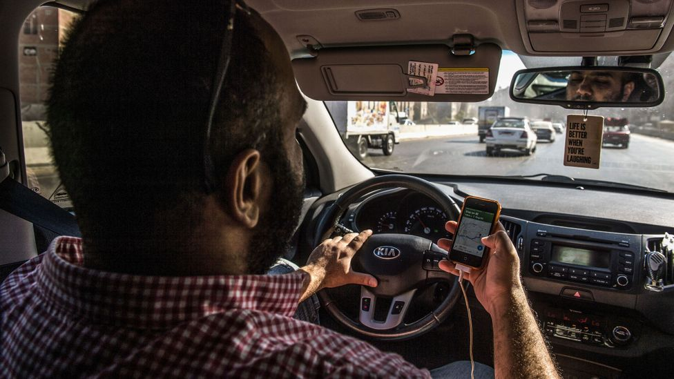 Text and drive at your peril - most people are unsafe (Credit: Getty Images)