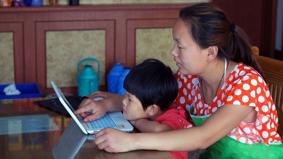 Having overtaken the US in 2008, there are now nearly 700 million people using the internet in China (Credit: Gillian Bolsover)