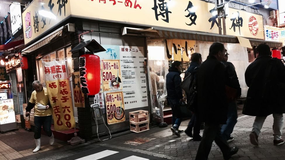 Japan's 500 yen ($4.58) ramen shops cater to workers looking for a quick meal after gruelling days (Credit: Eric Barton)