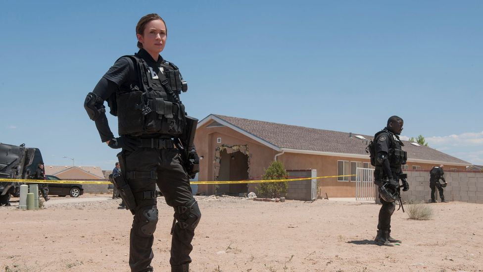 US drug enforcement officials prep as if for a warzone when getting ready to cross the border into Ciudad Juárez, Mexico (Credit: Lionsgate)