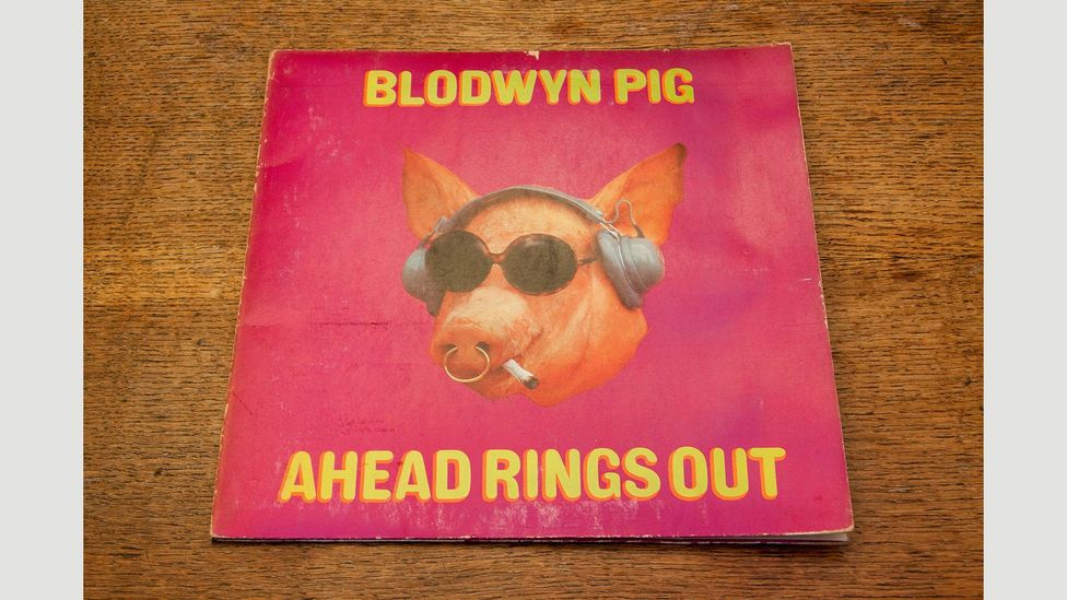 Blodwyn Pig's first album cover featured a bright pink pig in sunglasses (Credit: Alamy)