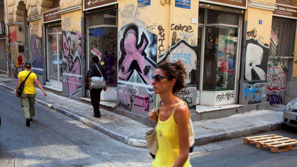 Street scene in Athens (Credit: Alamy)