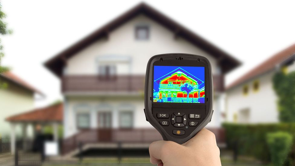 More portable thermal imaging cameras now are being used to 'see' heat loss from homes (Credit: Alamy)