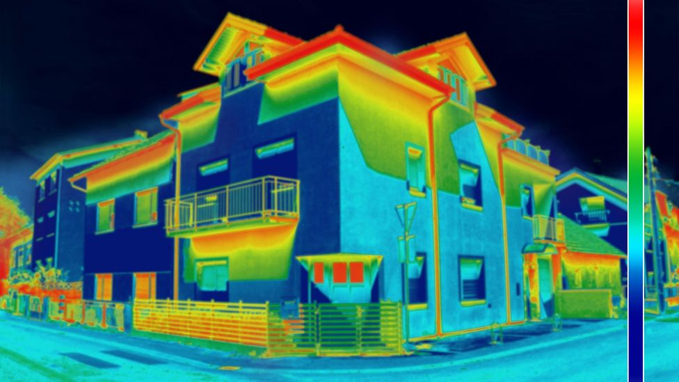 This thermal image shows a lack of insulation on a home (Credit: Alamy)