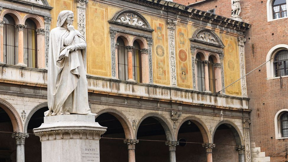 Italian poet Dante Alighieri wrote the Divine Comedy in his native Tuscan dialect instead of Latin (Credit: Ekspansio/Getty Images)