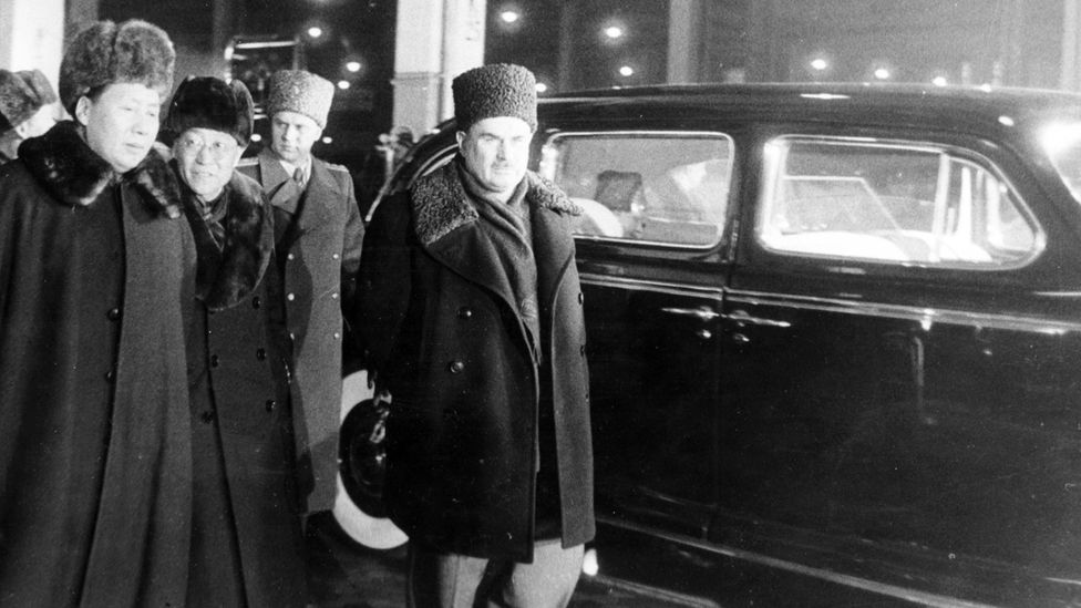 Mao Zedong, rugged up against the Moscow winter, tours an automotive factory on his visit to the USSR in February 1950 (Credit: Sovfoto)
