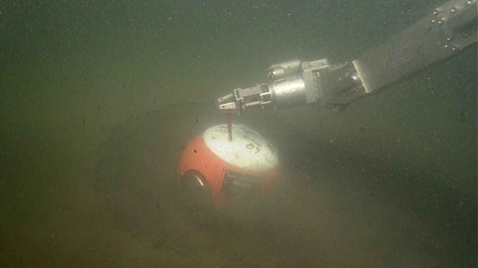 The benthic event detectors (or Beds) are placed on the seabed, and measure the activity around them (Credit: MBARI)
