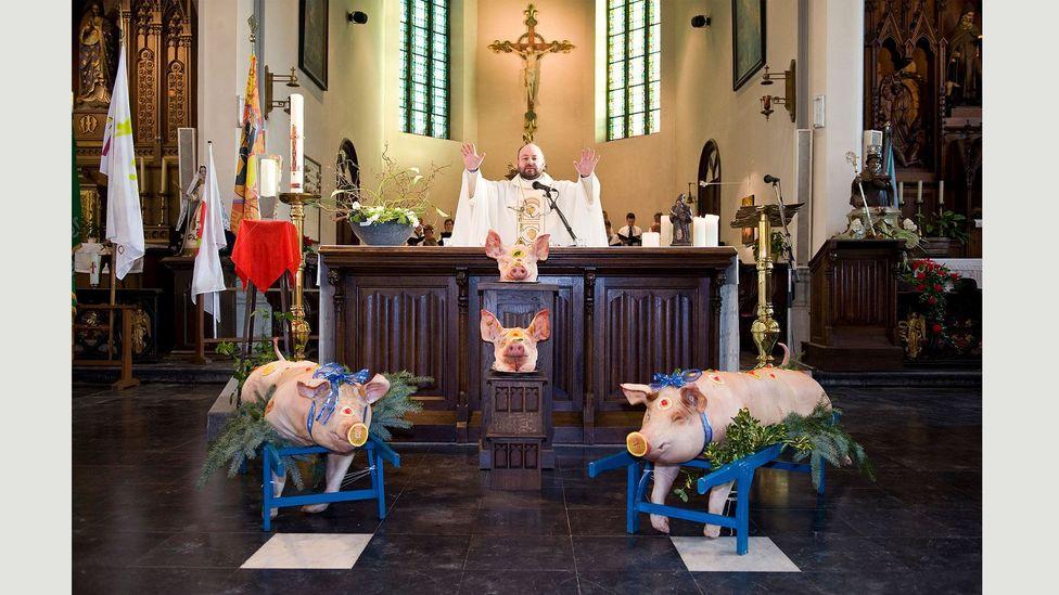 Saint Anthony celebration, Ingooigem, 17 January 2010 [Traditions #10] (Credit: Nick Hannes)