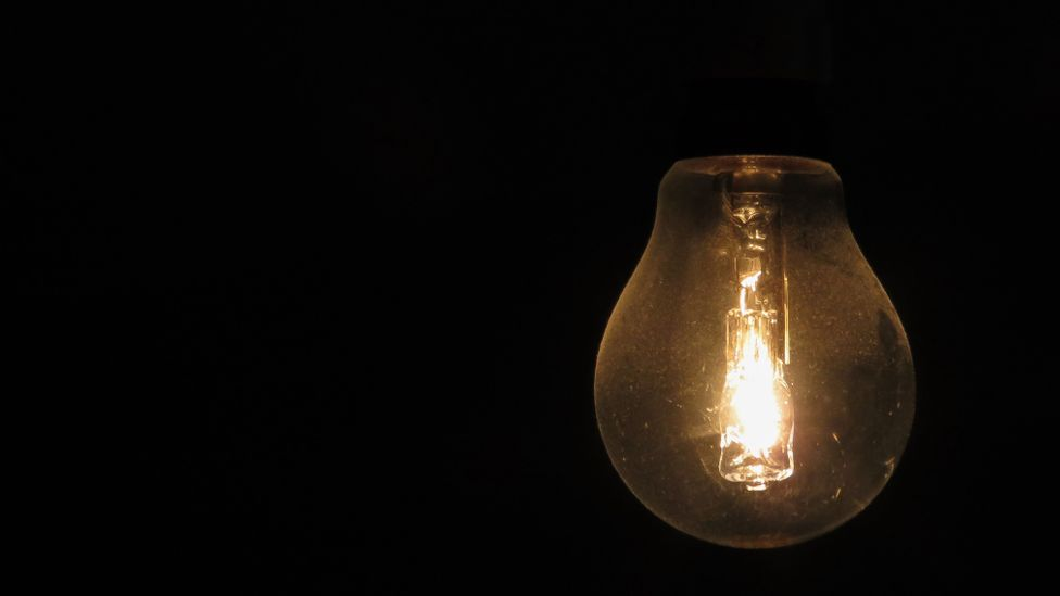 During idle moments our brains can piece together disparate ideas, leading to those precious lightbulb moments (Credit: Getty Images)