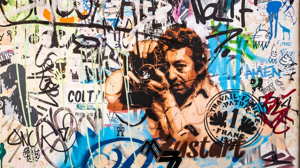 """Upon Gainsbourg's death, then-president François Mitterrand mourned the loss of """"our Baudelaire, our Apollinaire"""" (Credit: Alamy)"""