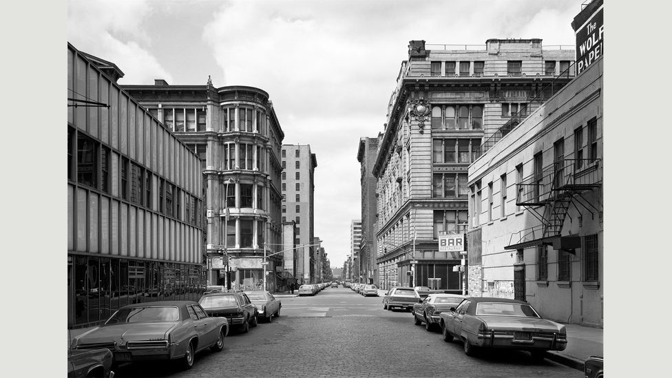Thomas Struth's early street shots show the influence of his teachers; he also explored museums, religious cult sites and families (Credit: Thomas Struth)