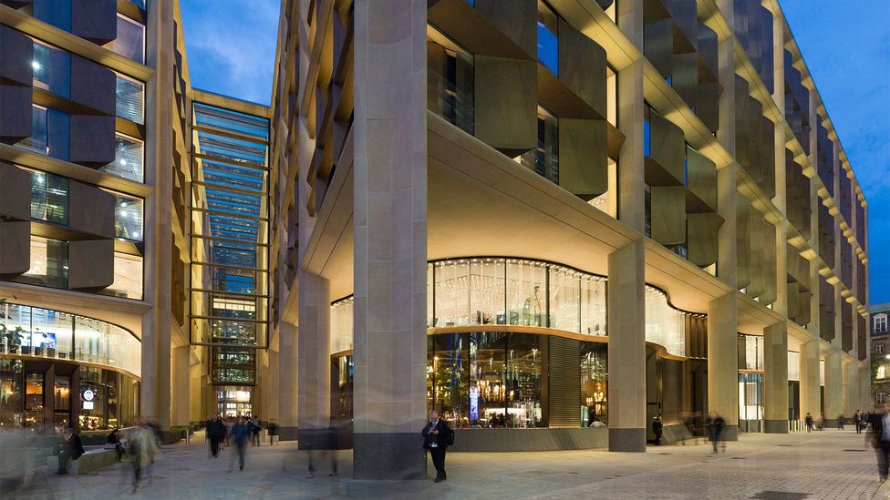 Bloomberg Arcade, a pedestrianised dining area with ten independent restaurants, follows the path of Watling Street, once a Roman road (Credit: Aaron Hargreaves/Foster + Partners)