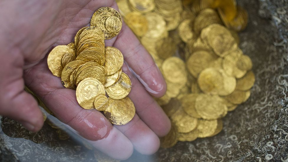 Scuba diver Zvika Fayer discovered gold coins when diving off the coast of Caesarea (Credit: JACK GUEZ/Getty Images)