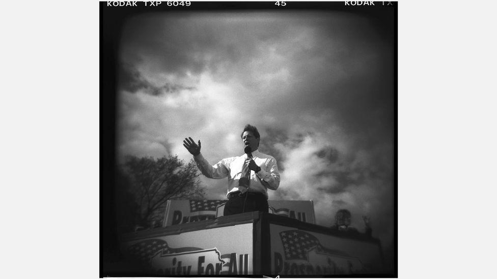 David Burnett's dramatic photo of Al Gore speaking during the 2000 US presidential campaign (Credit: David Burnett/Contact Press Images)
