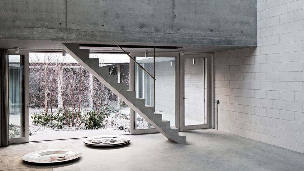 Light, concrete and courtyards (Credit: 6a architects)