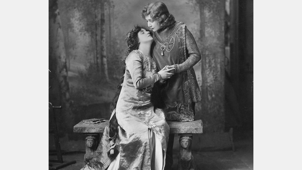 Since Bernhardt often played male characters, she found herself in love scenes with other women, as in Pelléas and Mélisande (Photo by W & D Downey/Getty Images)