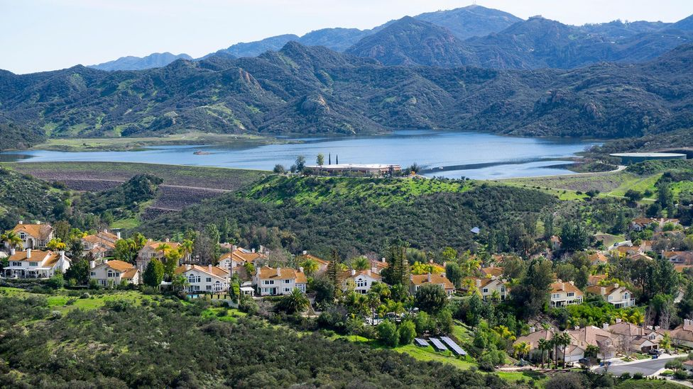 In the Santa Monica mountains, houses and farms lie close to the mountain lion's habitat (Credit: Alamy)