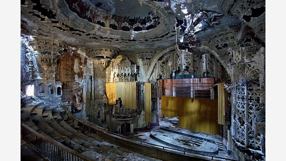 Yves Marchand and Romain Meffre took this photo of a theatre at the United Artists film studio in Detroit in 2005 (Credit: Yves Marchand & Romain Meffre)