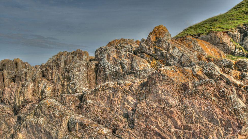 Siccar Point's greywracke formed some 435 million years ago (Credit: John Van Hoesen)