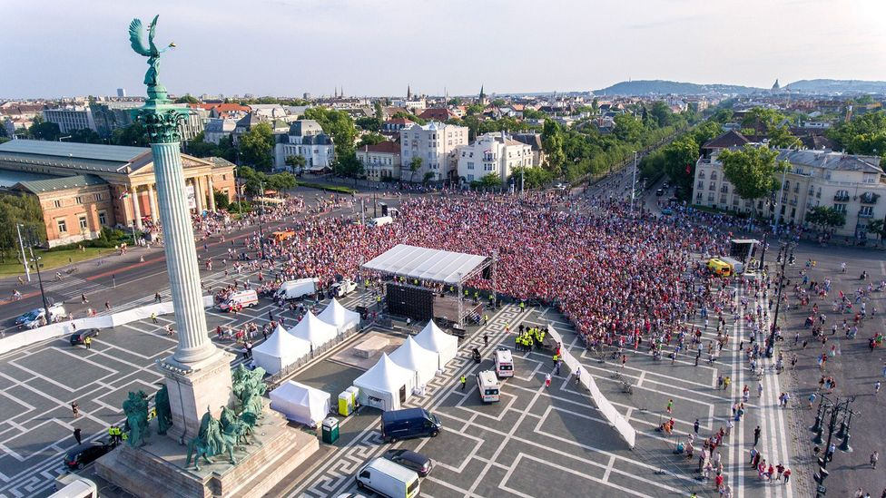 Crowds can be lethal – but also surprisingly rational (Credit: Getty Images)
