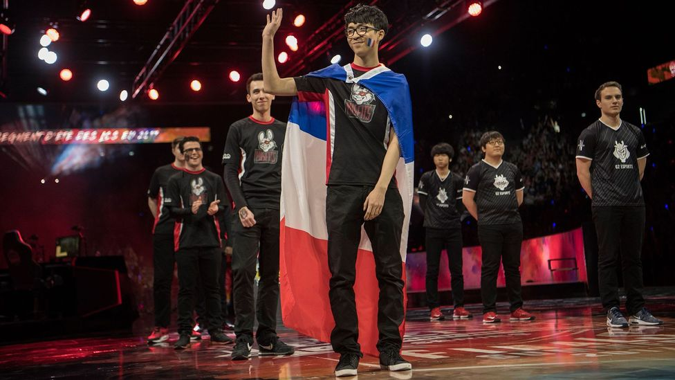 ESports was worth $1.5 billion in 2017 - here, French player Hans Sama greets the crowd before a final match in Europe last year (Credit: Getty Images)
