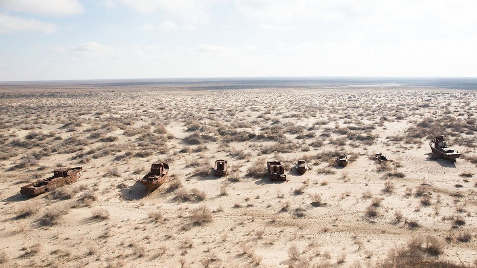 The Uzbek side of the Aral Sea has turned to desert (Credit: Taylor Weidman)