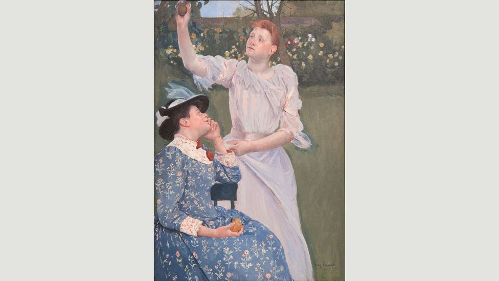 Cassatt showed that she could create beautiful images, such as Young Women Picking Fruit (1892), without using beautiful models (Credit: Carnegie Museum of Art, Pittsburgh)