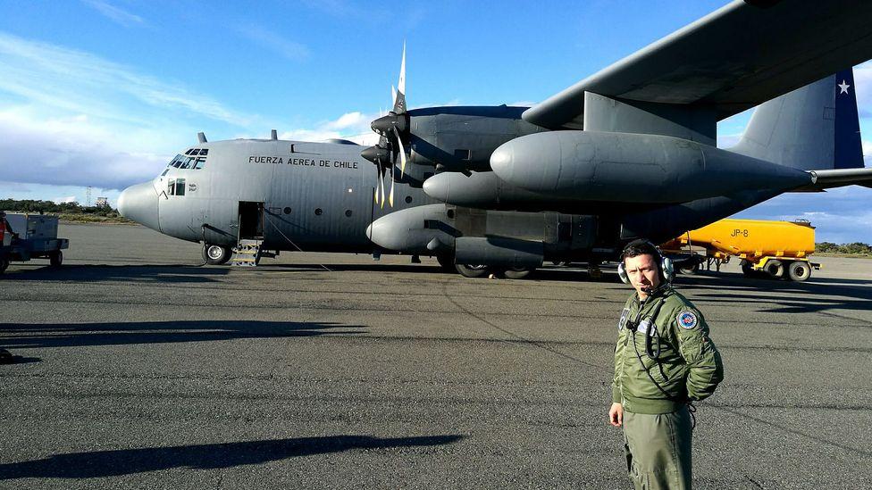Hercules and air force member (Credit: Richard Fisher)