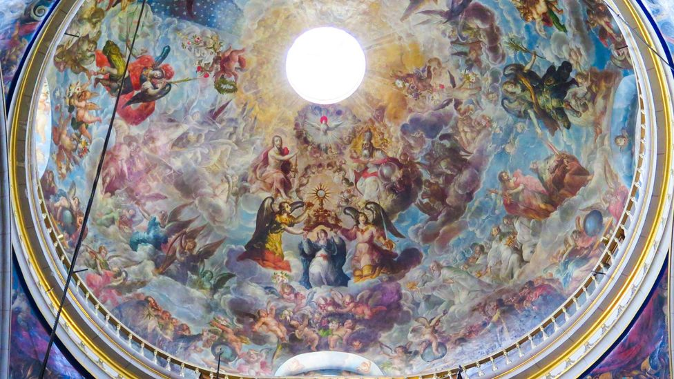 Villalpondo painted this cúpula of the major altar at the cathedral in Puebla, Mexico in 1688 – the blues are just as vibrant today (Credit: Devon Van Houten Maldonado)