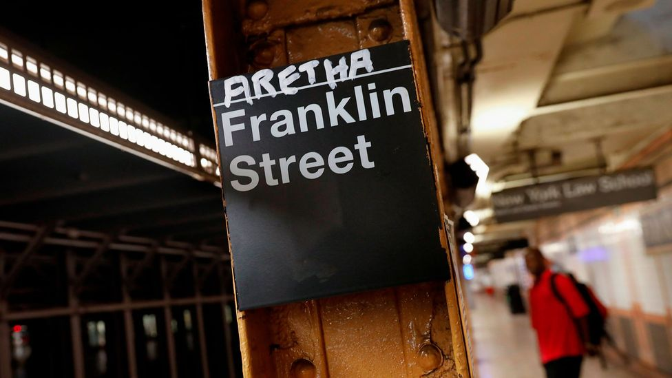 After word broke on 13 August 2018 that Franklin was 'gravely ill' this makeshift tribute to her appeared at the Franklin Street subway station in New York city (Credit: Reuters)