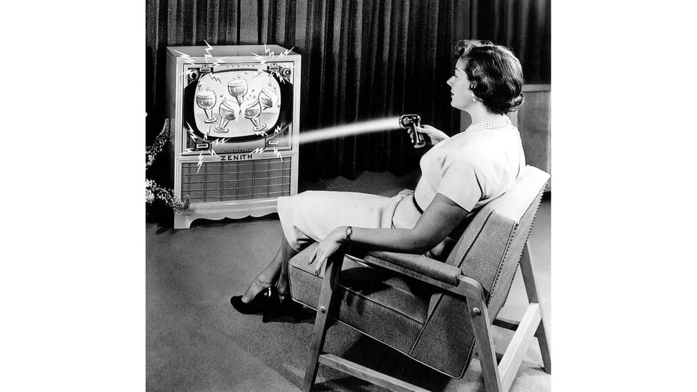 The Flashamtic looked like a toy ray gun and worked by tripping a sensor in the corner of the screen (Credit: Alamy)