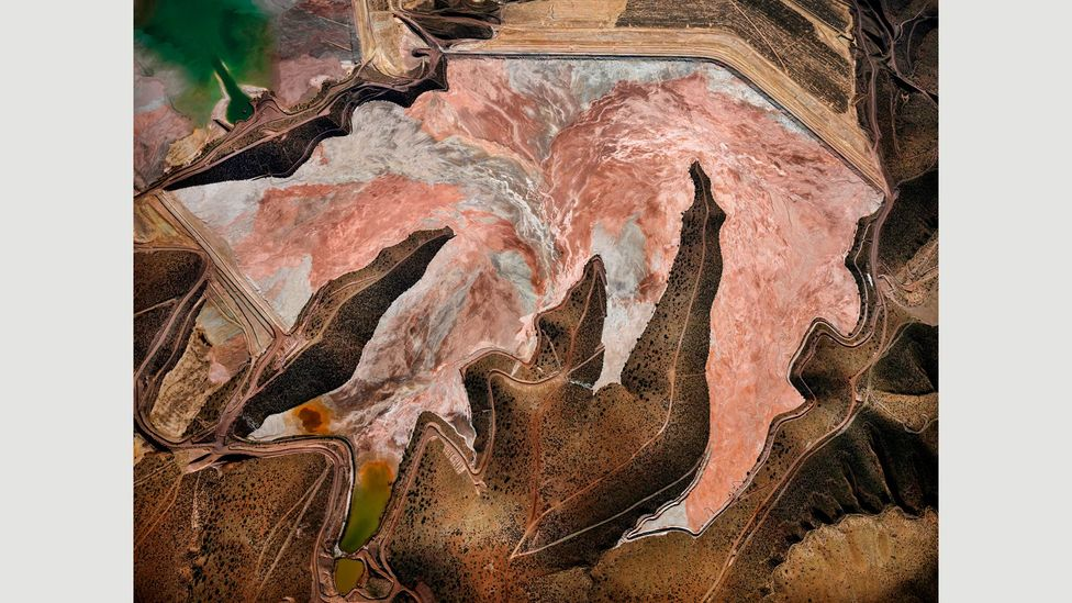 Morenci Mine #1, Clifton, Arizona, USA, 2012: primary copper producing region in the US (Credit: Edward Burtynsky, courtesy Flowers Gallery, London/Metivier Gallery, Toronto)