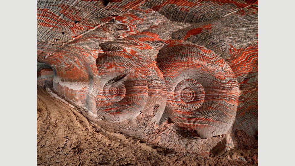 Uralkali Potash Mine #4, Berezniki, Russia, 2017 (Credit: Edward Burtynsky, courtesy Flowers Gallery, London/Metivier Gallery, Toronto)