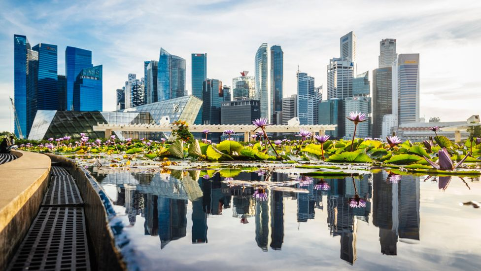 Singapore's sparkling business district, founding father Lee Kuan Yew kicked off the Keep Singapore Clean campaign fifty years ago in October 2018 (Credit: Getty Images)