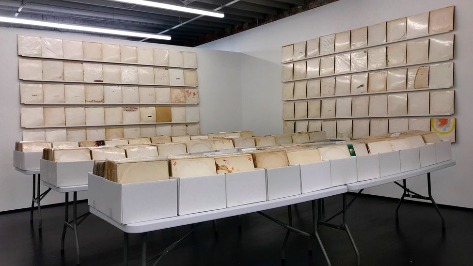 Rutherford Chang filled a gallery in Manhattan with 693 vinyl copies of the ninth Beatles album (Credit: We Buy White Albums by Rutherford Chang)